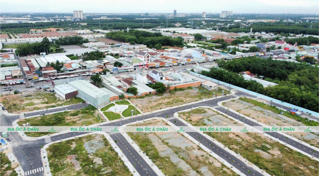 Lô đất ngay mặt tiền đường ĐT 741, thuận lợi kinh doanh buôn bán
