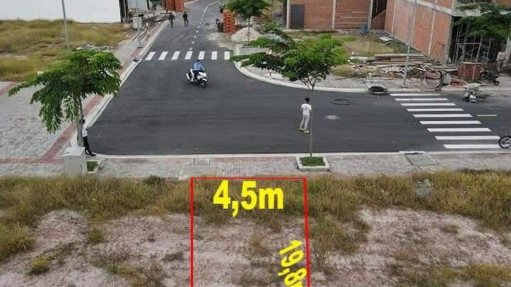 Bán đất mặt tiền đường dt 742 đường nhựa 15m phú chánh tân uyên bình dương đang có ưu đãi lớn