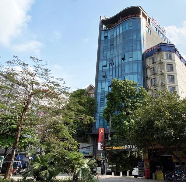 Văn phòng cho thuê giá siêu rẻ tòa nhà Nam Anh, Hoàng Đạo Thúy giá chỉ 190k/m2/tháng