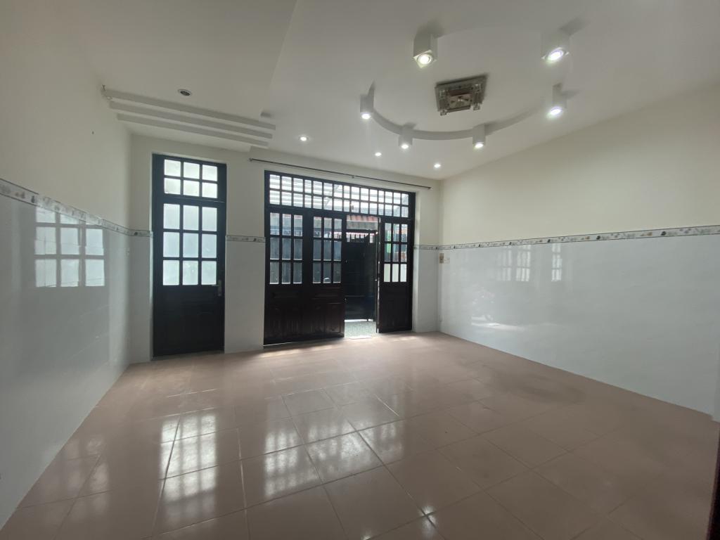 Nhà Mới CHDV MT Nguyễn Kiệm 5.6x30 Trệt 4Lầu 9PN 9WC Giá 52Tr/th