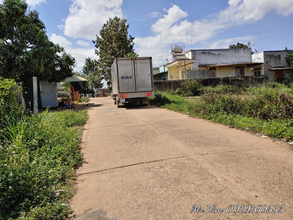 Đất góc 2 mặt tiền 10x26 có 100m thổ cư sau Trường Bồng Lai,Đức Trọng,Lâm Đồng,1.3 tỷ
