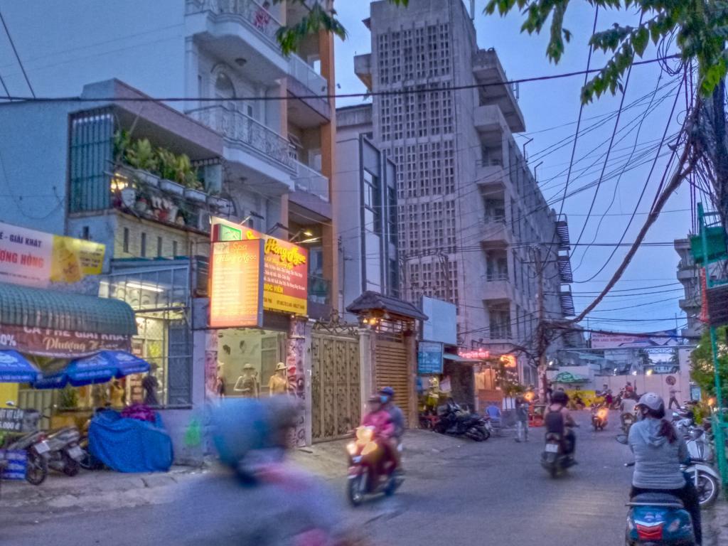 Bán nhà mặt tiền đường Lương Minh Nguyệt, quận Tân Phú, 12 tỷ