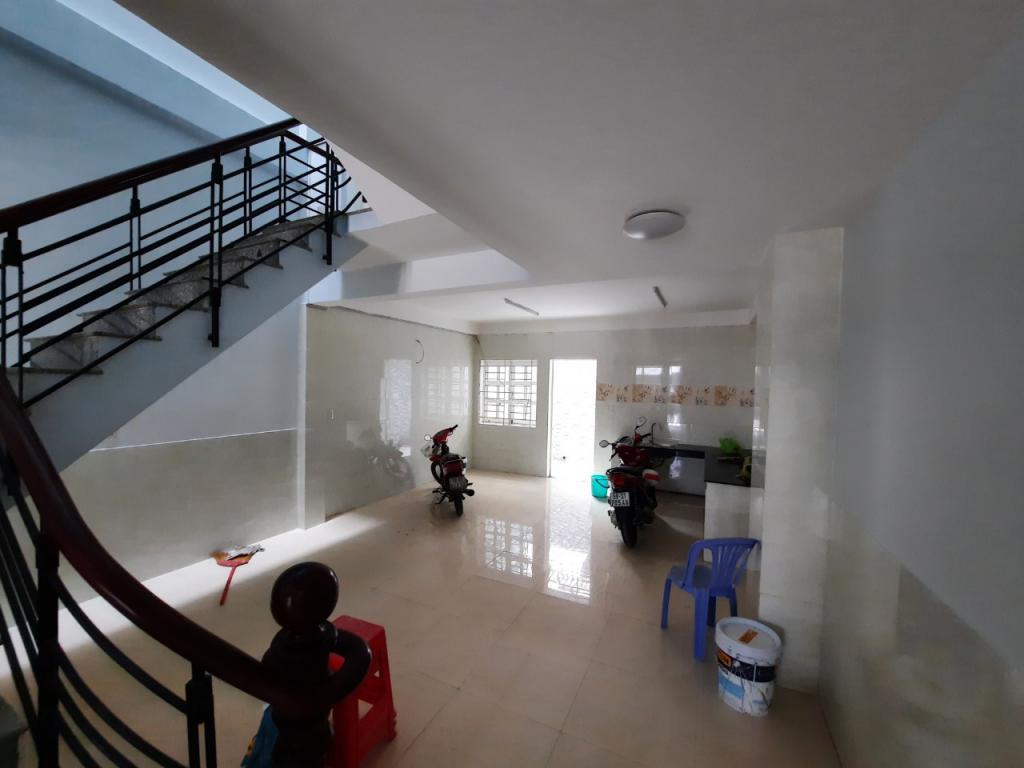 Nhà mới, đậu Oto, khu biệt thự, Hiệp Bình Chánh,TĐ