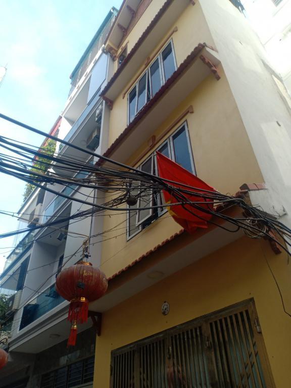 Bán nhà Định Công Thượng ba bước ra phố oto  47m 4tầng